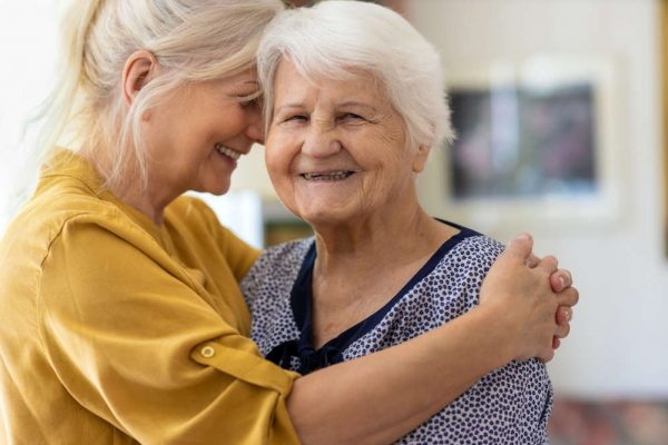 Woman,Spending,Time,With,Her,Elderly,Mother